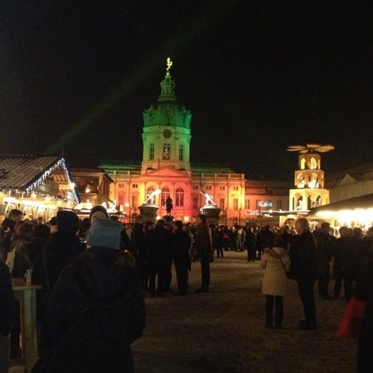 Photo taken at Weihnachtsmarkt vor dem Schloss Charlottenburg by Maxim N. on 12/13/2012
