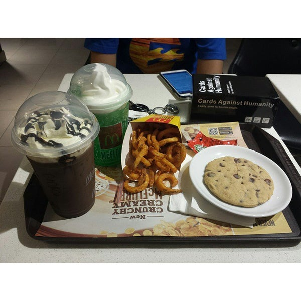 Photo taken at McDonald's by Dremon S. on 9/26/2014