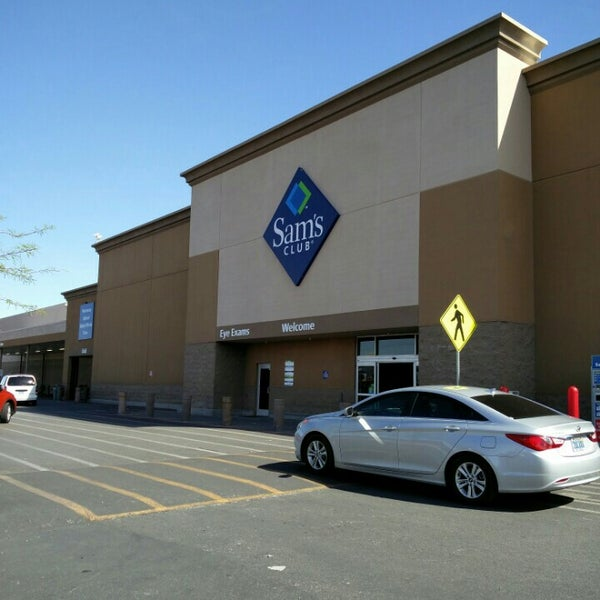 Photo taken at Sam's Club by Ron P. on 4/12/2016