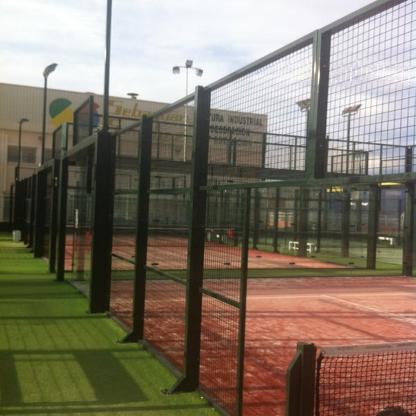 Photo taken at Ecommpadel by Miguel A P. on 2/10/2013