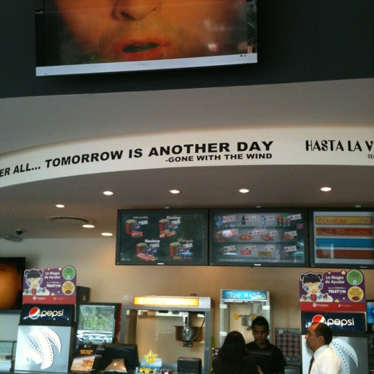 Photo taken at Cinemex by LuigiAnton C. on 11/14/2012