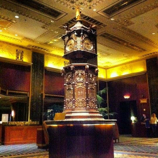 Photo taken at Waldorf Astoria New York by Ria Christina F. on 10/30/2012