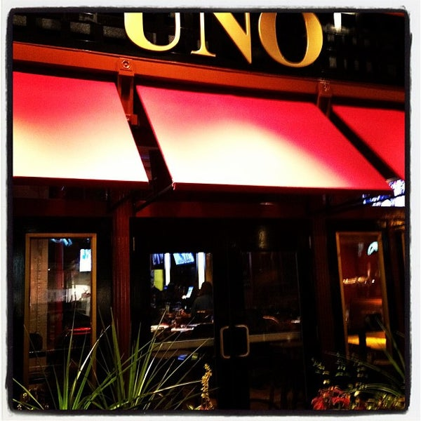 At Uno Pizzeria & Grill, Boylston St. Boston MA, we draw our identity and inspiration from the artisan heritage of the original Pizzeria Uno in Chicago. We still make our deep dish pizza dough fresh every morning. Today, we are as passionate about craft beer as we are our pizza.