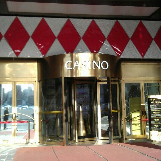 Photo taken at Seven Luck Casino by Jia Y. on 2/5/2014