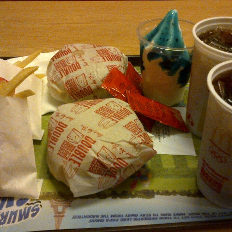 Photo taken at McDonald's by Pot-Pot P. on 7/28/2013