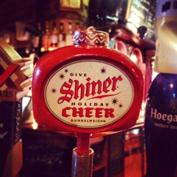 Photo taken at Fadó Irish Pub & Restaurant by JAY J. on 11/8/2013