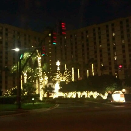 Photo taken at Rosen Plaza Hotel by Marios M. on 11/26/2012