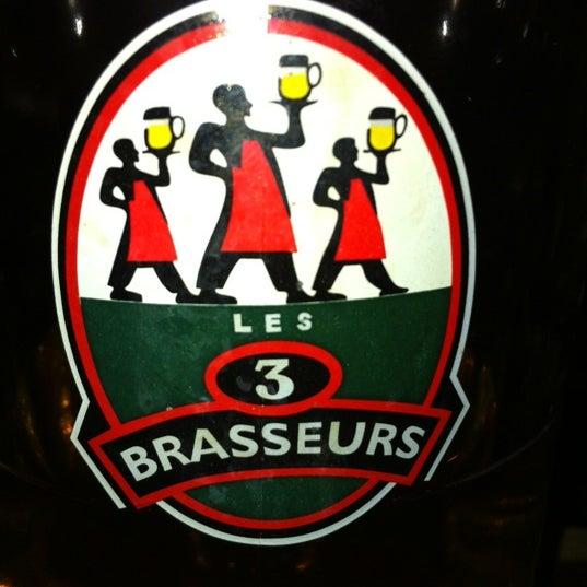 Photo taken at Les 3 Brasseurs by Juan M. on 10/6/2012