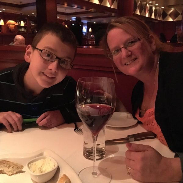 Photo taken at Fleming's Prime Steakhouse & Wine Bar by Jon C. on 2/6/2016
