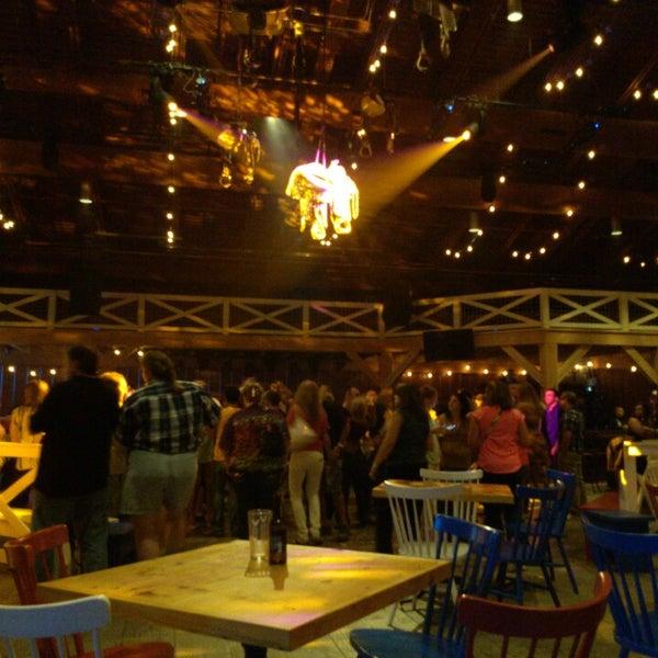 Turning stone casino concert venue