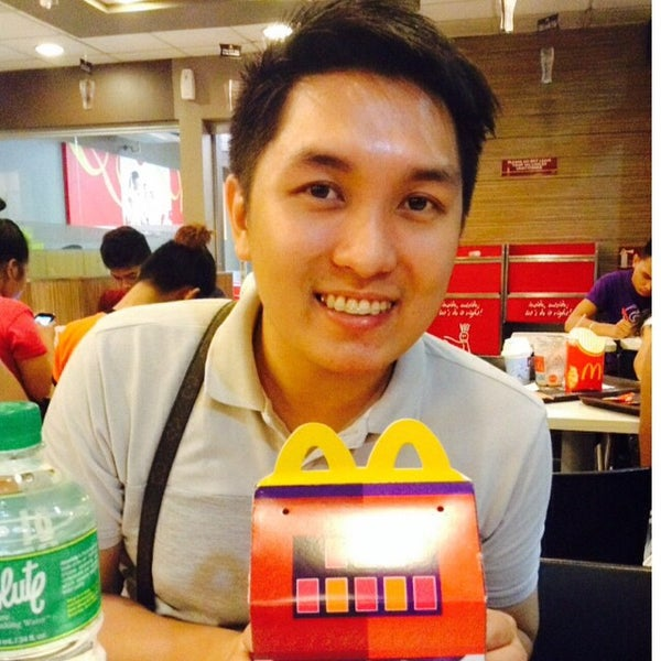 Photo taken at McDonald's by Kota S. on 11/21/2014