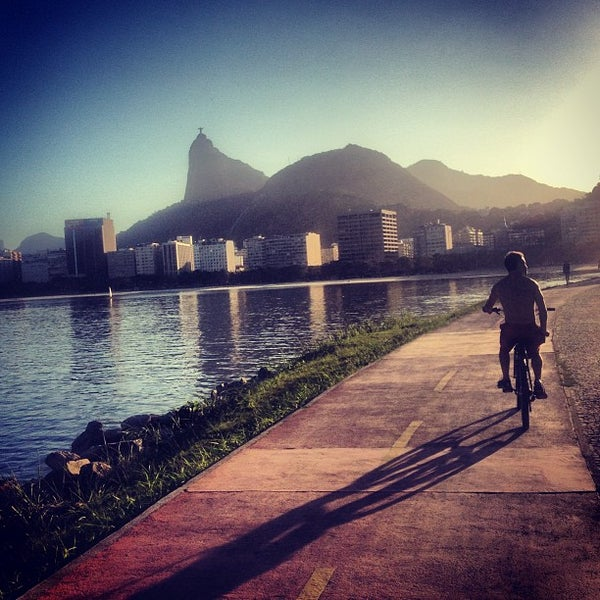 Photo taken at Aterro do Flamengo by Jhonny R. on 6/1/2013