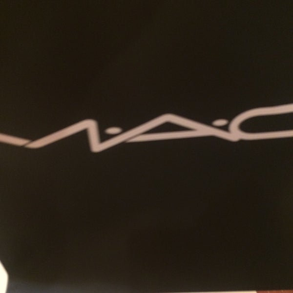 Photo taken at MAC Cosmetics by Haly M. on 5/27/2016