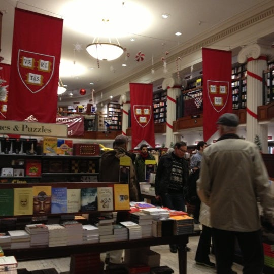 Photo taken at Harvard Coop Society Bookstore by Mabeth on 12/2/2012