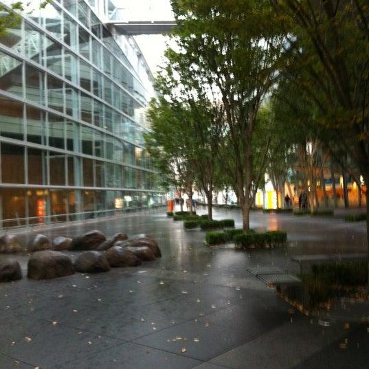 Photo taken at 東京国際フォーラム ガラス棟 by ちび太 on 11/17/2012