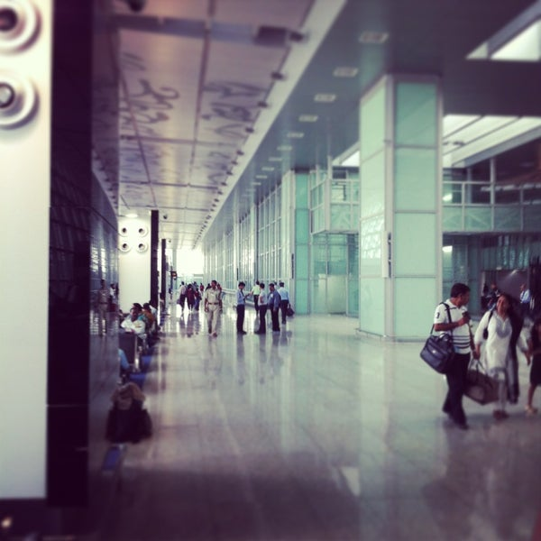 Photo taken at Netaji Subhash Chandra Bose International Airport (CCU) by Amit G. on 3/16/2013