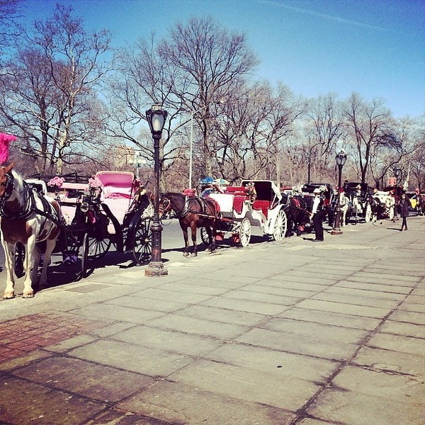 Photo taken at Grand Army Plaza by Valter X. on 3/11/2014