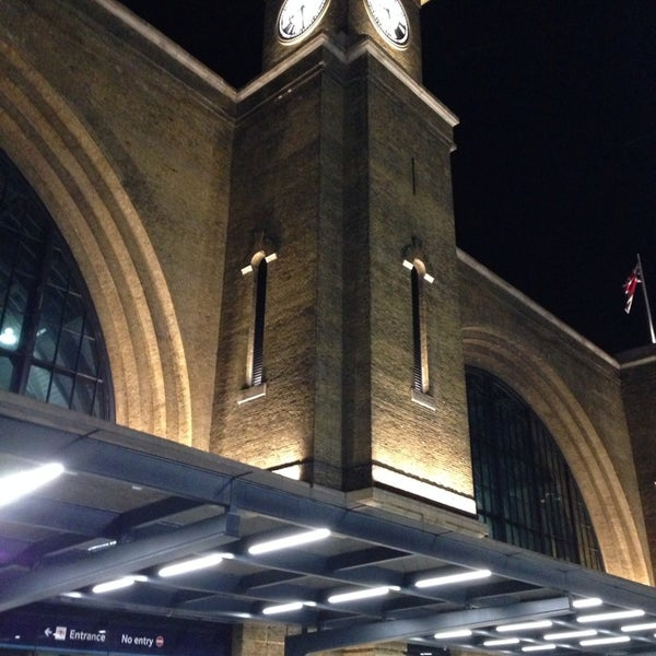 Photo taken at London St Pancras International Railway Station (STP) by Vasiliscus on 3/9/2014