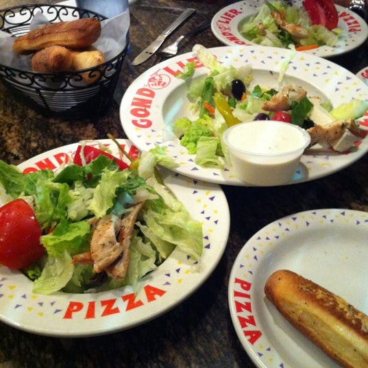 Gondolier Pizza - Clearwater Beach - 33 tips