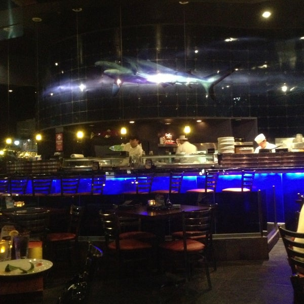 The blue fish bayou place sushi restaurant in downtown for Places to fish in houston