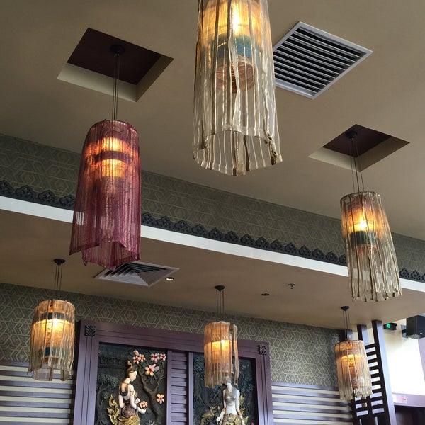Photo taken at Soul Thai Restaurant by AZLI S. on 4/5/2015