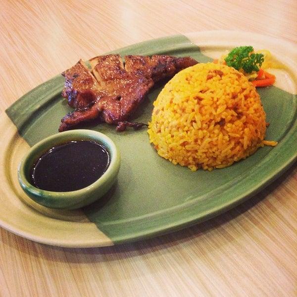 Photo taken at Sérye Café Filipino by Nicole G. on 8/7/2013