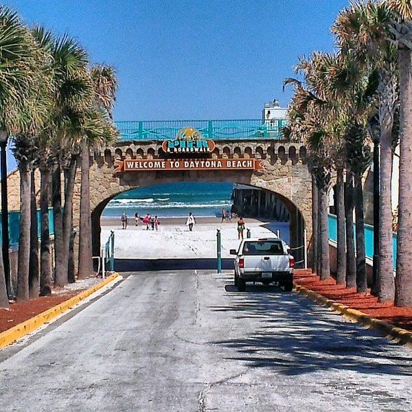 Places To Visit In Florida In April: Daytona Beach Boardwalk