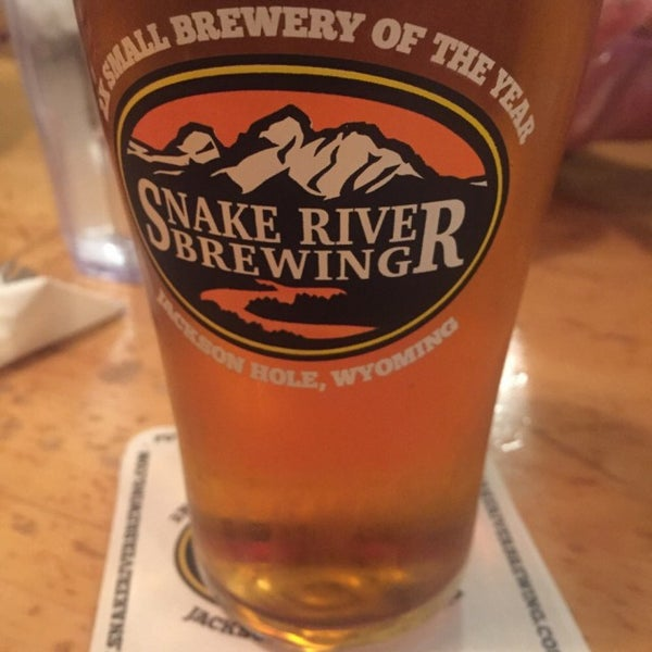 Photo taken at Snake River Brewery & Restaurant by Jay P. on 9/11/2015