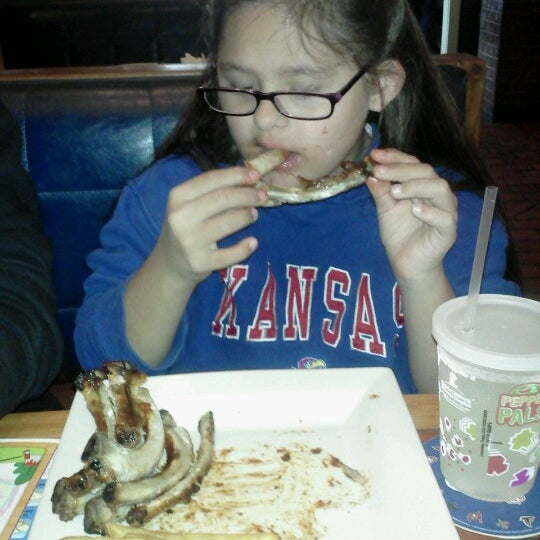 Photo taken at Chili's Grill & Bar by Adolfo G. on 10/12/2012