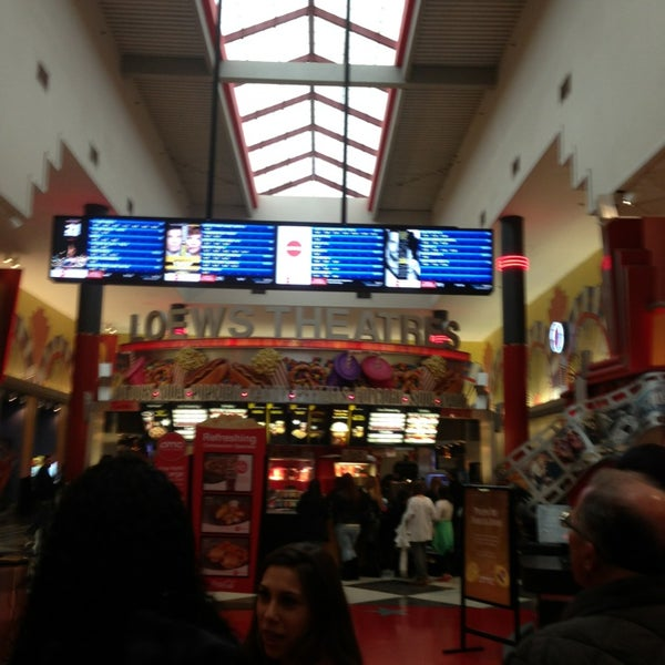 Photo taken at AMC Loews Palisades Center 21 by Philip J. on 3/2/2013