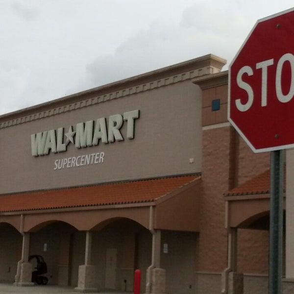 Photo taken at Walmart Supercenter by Marcus P. on 11/20/2013
