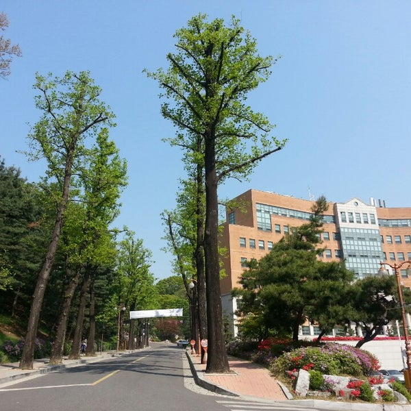 Photo taken at 연세대학교 새천년관 (Yonsei University, New Millennium Hall) by Joung-yun K. on 4/22/2014