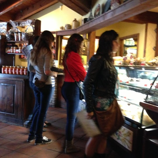 Photo taken at La Madeleine Country French Café by Ronald R. on 10/27/2012