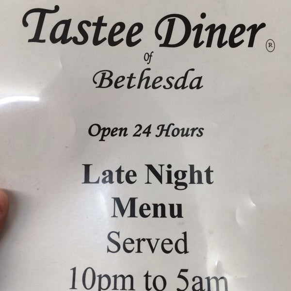 Open all night! Late night menu from 10pm to 5am is pretty extensive, includes breakfast, lunch, and dinner options