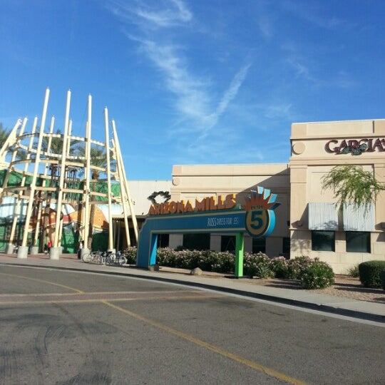 Photo taken at Arizona Mills by Crystal A. on 12/1/2012