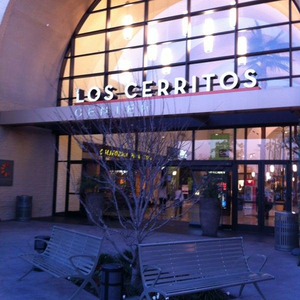 Los Cerritos Center Food Court