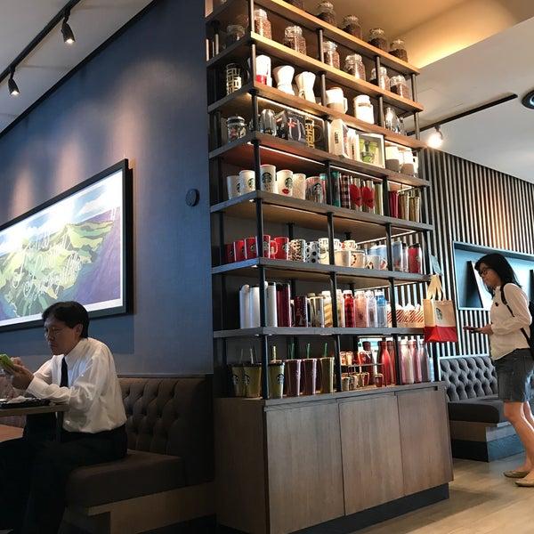 Photo taken at Starbucks by Taneka N. on 11/30/2016