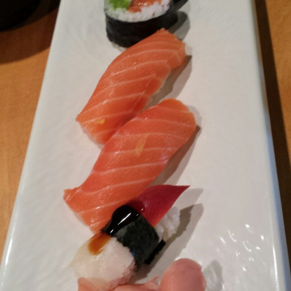 Photo taken at Oishi Sushi by Dianne M. on 11/5/2014