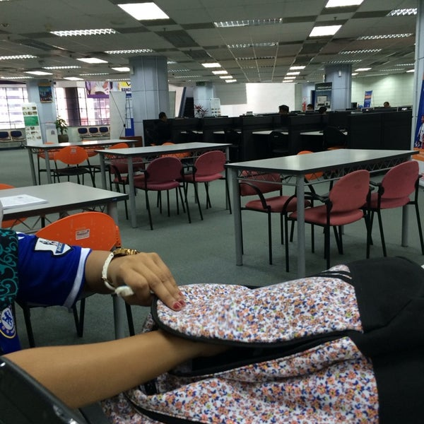 Photo taken at National Library (Perpustakaan Negara) by mizs_sara on 2/27/2014