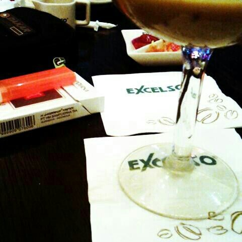 Photo taken at de`EXCELSO by Tetuko M. on 2/14/2014