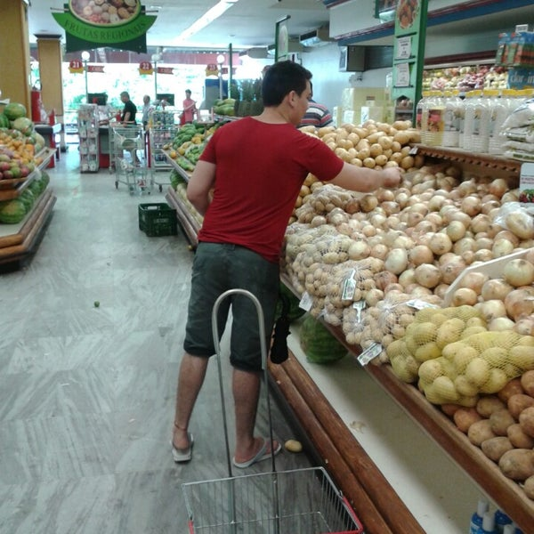 Photo taken at Supermercados Nazaré by Welison S. on 8/3/2013