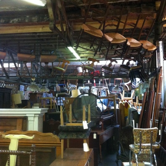 Westheimer antiques flea market antique shop in houston for Antique marketplace