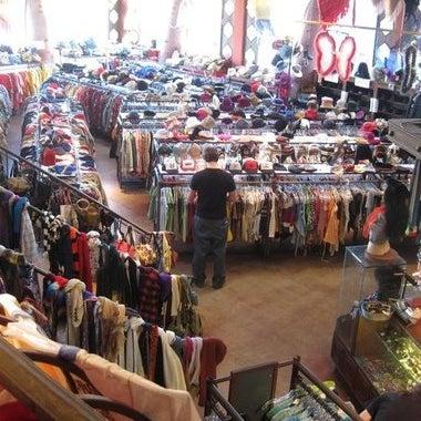 Shops for 13425 ventura blvd 2nd floor sherman oaks ca 91423