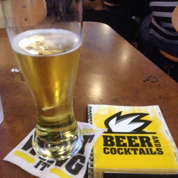 Photo taken at Buffalo Wild Wings by G H. on 4/24/2014