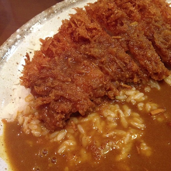 Photo taken at CoCo壱番屋 渋谷区宇田川町店 by Heppokosan on 9/30/2012