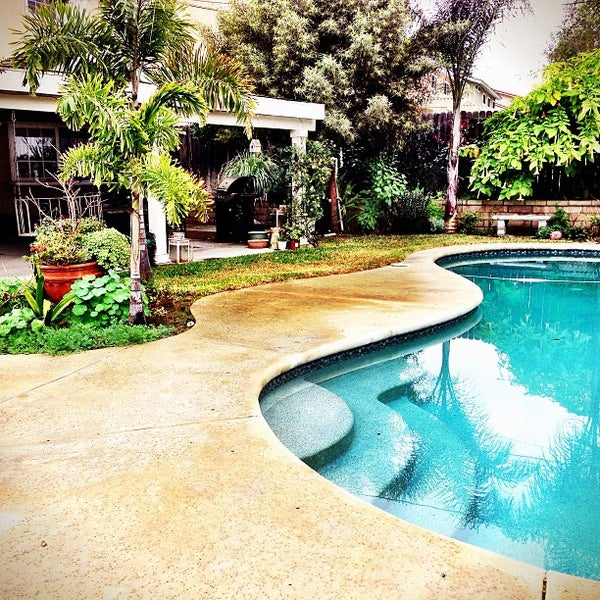 Shannon Lake Apartments: Lake Forest, CA