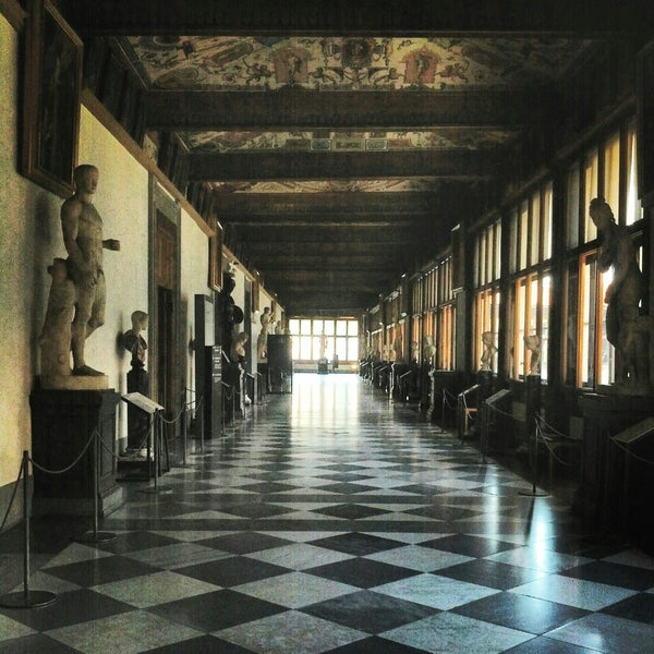 Photo taken at Galleria degli Uffizi by Silvia B. on 4/14/2014