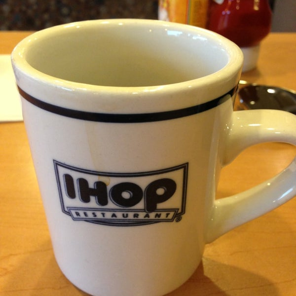 Photo taken at IHOP by Fahad A. on 9/3/2013