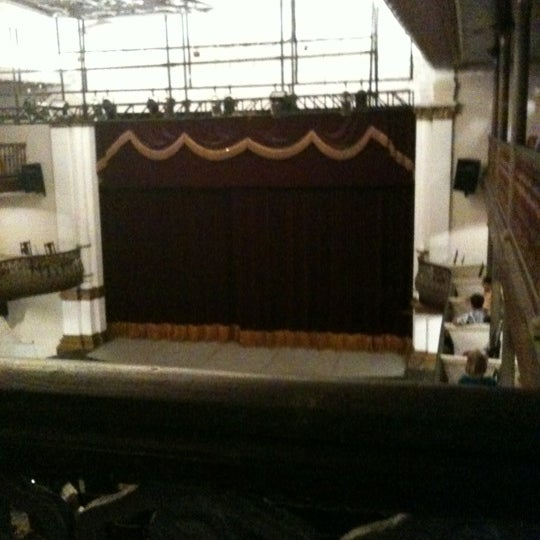 Photo taken at Teatro Alberto Maranhão by Gladston Jr on 11/11/2012