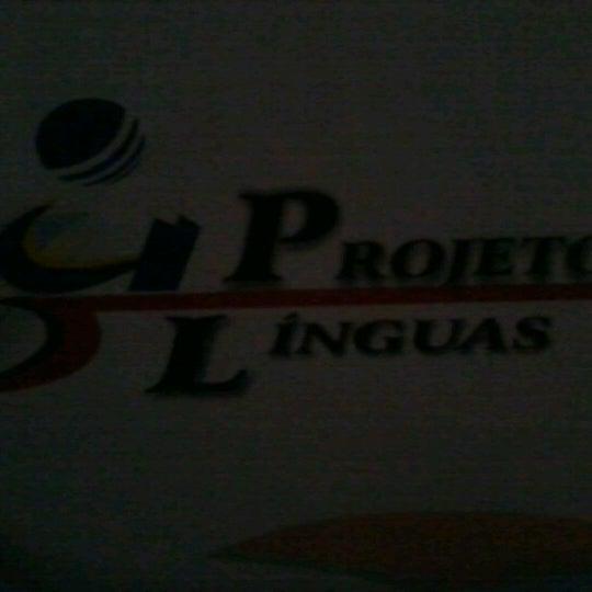 Photo taken at Projeto Línguas by Rayssa A. on 10/10/2012